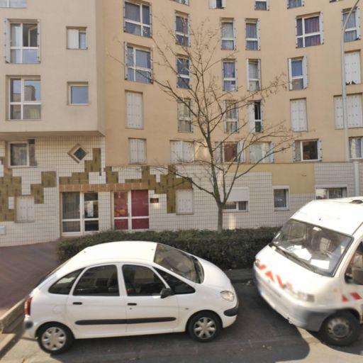 Iad France Karine Sebbagh mandataire - Mandataire immobilier - Créteil