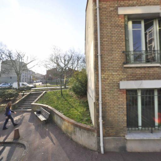 Centre D'Accueil Et De Soins Pour Toxicomanes Et Leurs Familles - Association humanitaire, d'entraide, sociale - Montreuil