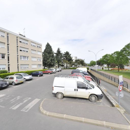 Parking Geoffroy Saint-Hilaire - Parking - Évry