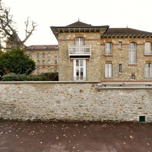 Sciences Po Saint Germain en Laye - Enseignement supérieur public - Saint-Germain-en-Laye