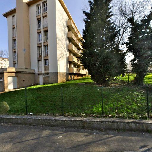 Remli Fatima - Coursiers - Lyon