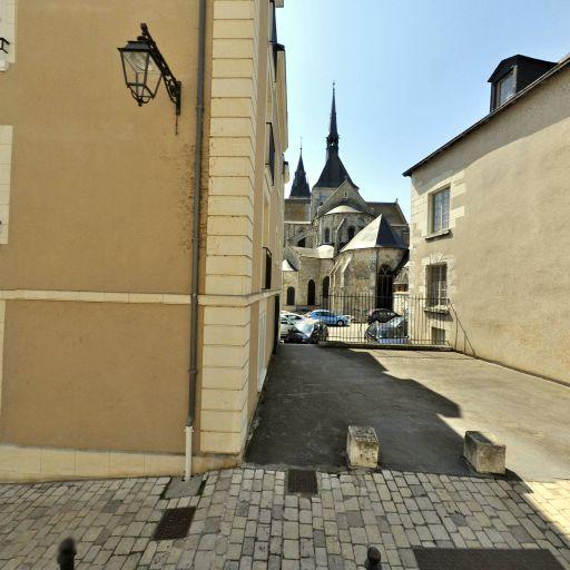 Centre Européen De Promotion De L'Histoire - Association culturelle - Blois