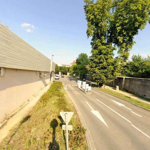 Parking Place Malraux - Parking - Bourg-en-Bresse