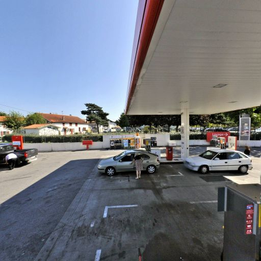 Total Access - Station-service - Bayonne