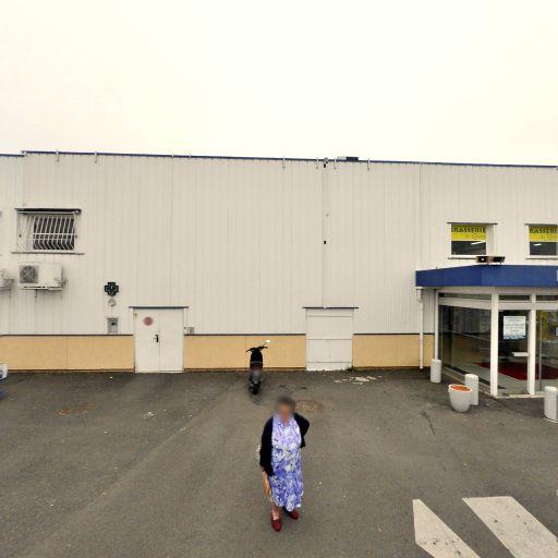 Carrefour Location - Location d'automobiles de tourisme et d'utilitaires - Soyaux