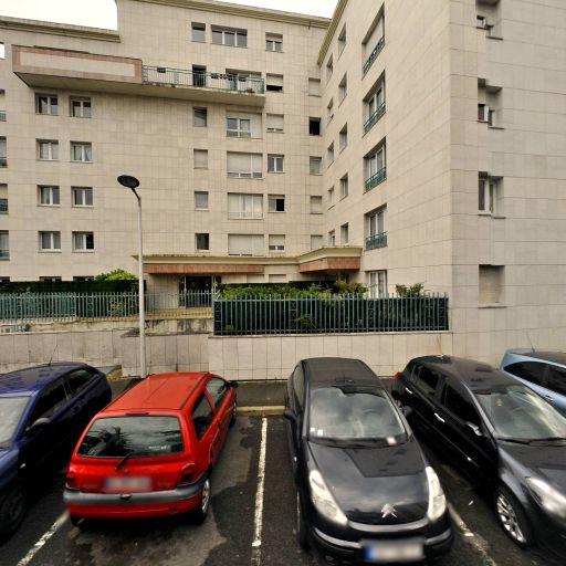 Parking Honoré d'Estienne d'Orves - Parking - Évry