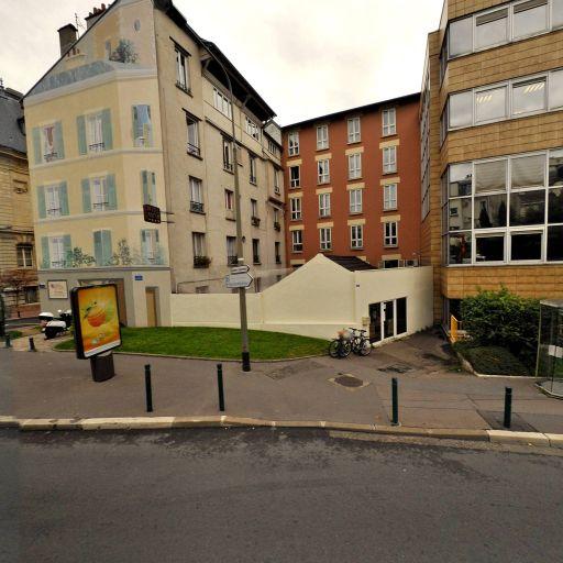 Hôtel Mercure Paris Suresnes Longchamp - Hôtel - Suresnes