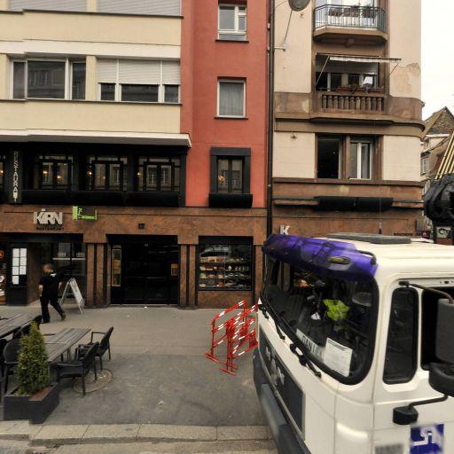 Rosa De Luces - Soins hors d'un cadre réglementé - Strasbourg