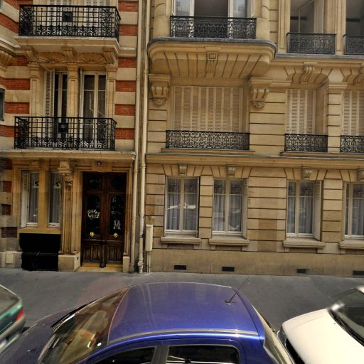 Dollé Chantal - Secrétariat - Paris