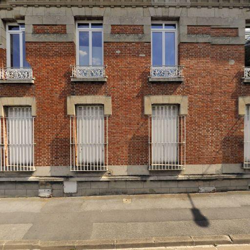 Esupcom - Enseignement supérieur privé - Reims