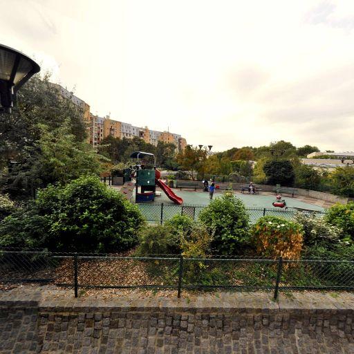 Centre Sportif de la Grange Aux Belles - Terrain de basket - Paris