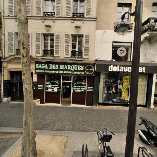 Costume 3 Piéces - Conseil en communication d'entreprises - Paris