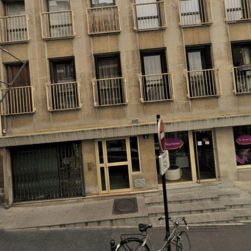 Axo et Actifs Immobilier Rhonda Weiss Mandataire Indépendant - Mandataire immobilier - Paris
