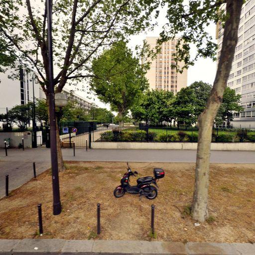 Moufida Ramdane - Masseur kinésithérapeute - Paris