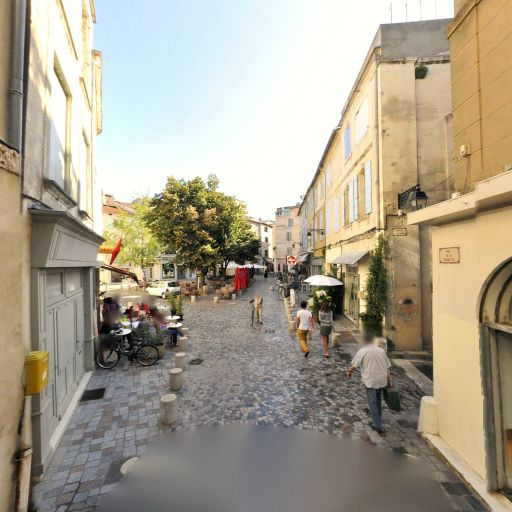 Histoire De Voir - Production et réalisation audiovisuelle - Arles