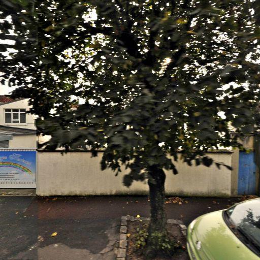 Ecole Nouvelle Montessori du Val de Marne - École maternelle privée - Saint-Maur-des-Fossés