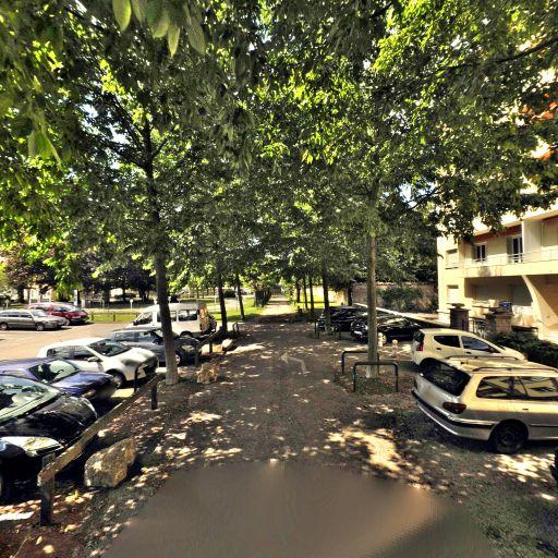 Parking Champs de Mars - Parking - Bourg-en-Bresse
