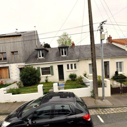 Seckel Maxime - Fabrication d'instruments de musique - Nantes