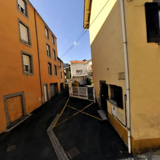 Huguet Christian - Pose, entretien et vitrification de parquets - Clermont-Ferrand