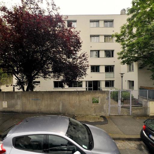Association Des Cités Du Secours Catholique - Affaires sanitaires et sociales - services publics - Montreuil