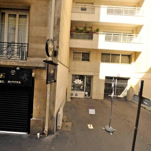 White Institute - Manucure - Paris