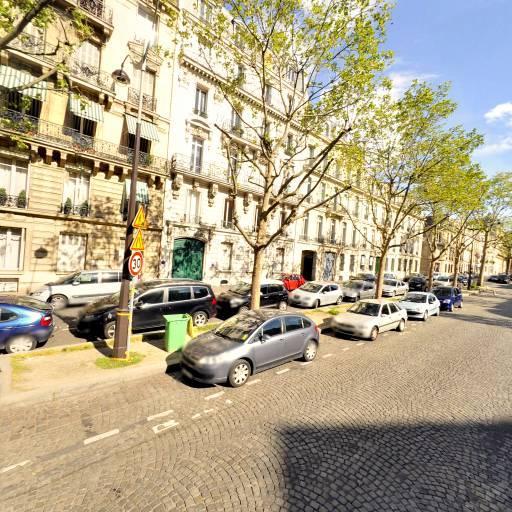Nicolay Raymond - Commissaire-priseur judiciaire - Paris