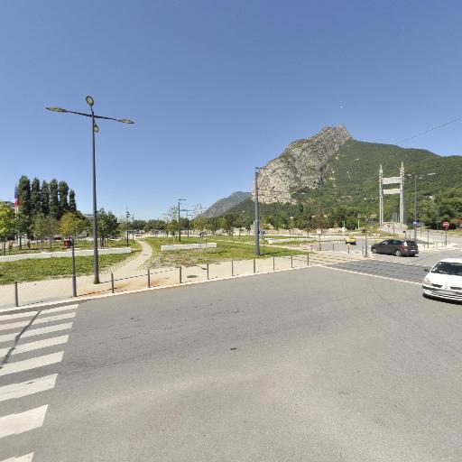 Aire de covoiturage Polygone resistance - Aire de covoiturage - Grenoble