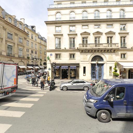 Van Cleef & Arpels - Bijoux - Paris