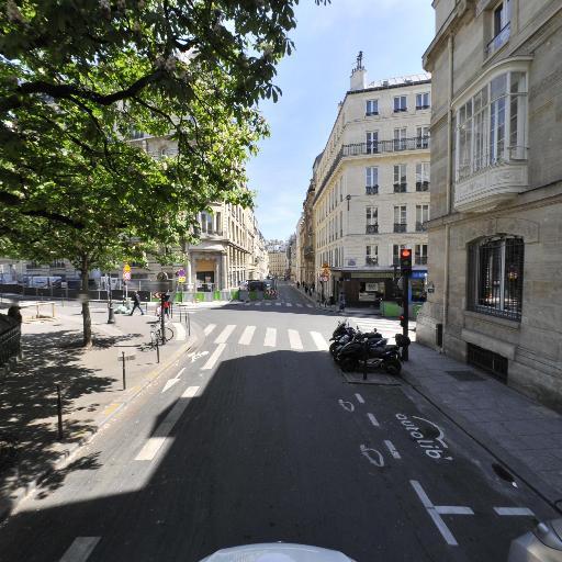 Place Adolphe Max - Parc et zone de jeu - Paris