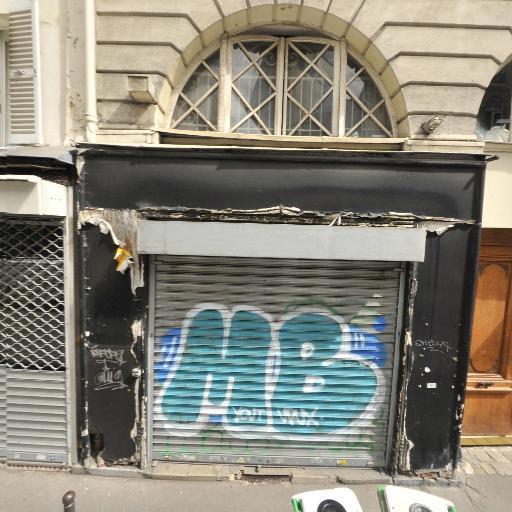 Ludivine Jarry - Soins hors d'un cadre réglementé - Paris