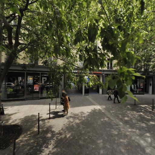 La Cour Bleue - Café bar - Paris