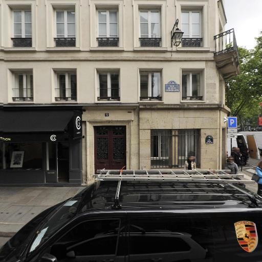 Studio Anae Rive Droite - Matériel de coiffure - Paris