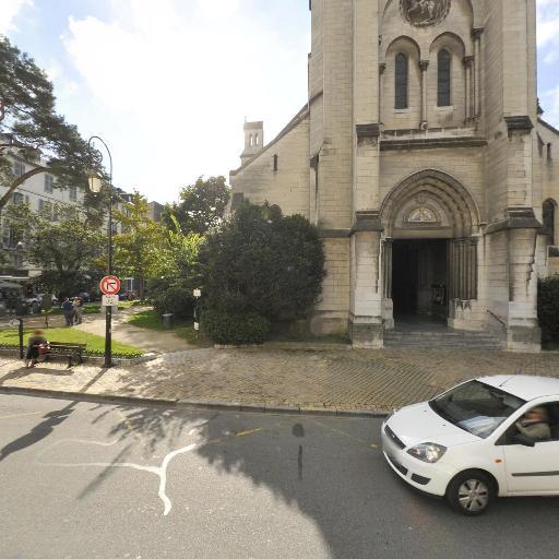 Paussac-et-Saint-Vivien - Église - Pau