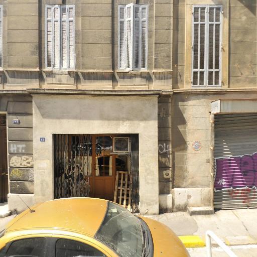 Santons Didier - Artisanat d'art - Marseille
