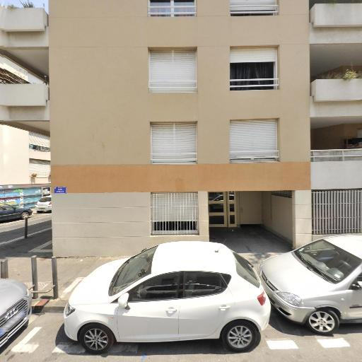 Bouvier Rudy - Pose, entretien et vitrification de parquets - Marseille