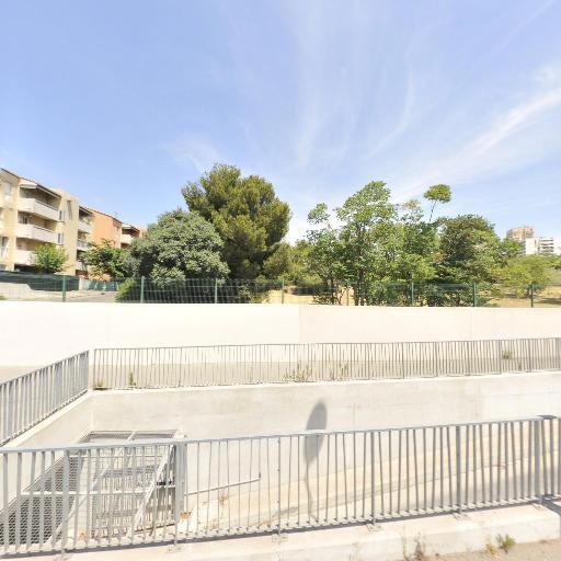 Parking La Fourragère - Parking - Marseille