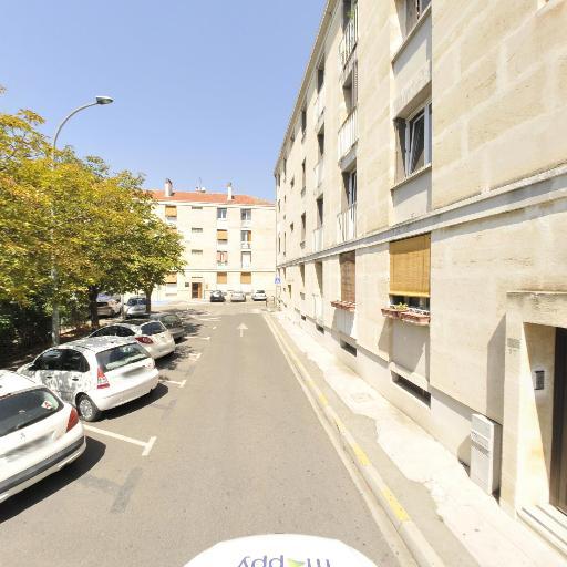 Murielle Pichot - Soins hors d'un cadre réglementé - Aix-en-Provence