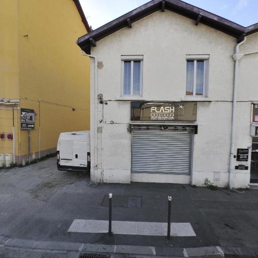 Chenillot Sandrine - Centre d'appels - Villeurbanne