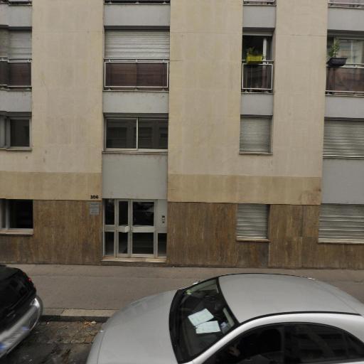 Laetitia Grolière - Soins hors d'un cadre réglementé - Lyon