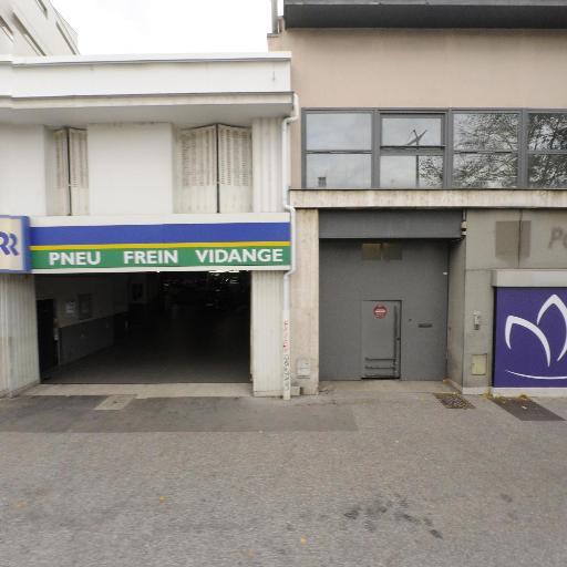 Euromaster Lyon Berthelot - Centre Auto VL - Garage automobile - Lyon