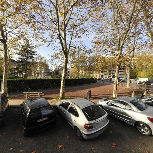 La Croisée - Affaires sanitaires et sociales - services publics - Lyon