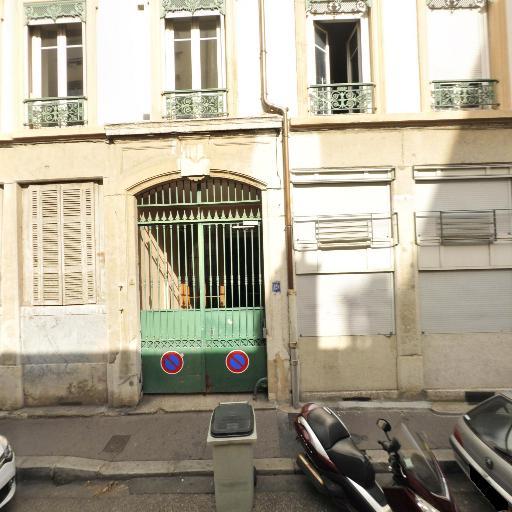Montesquieu Pascal Et Associés - Marchand de biens - Lyon