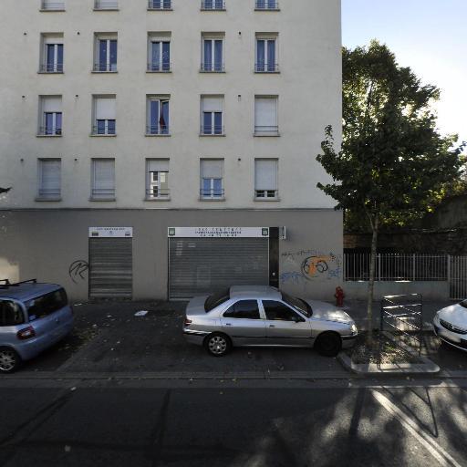 Kareoo - Concessionnaire automobile - Lyon