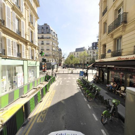 Station Vélib' Pierre Levée - Fontaine Timbaud - Vélos en libre-service - Paris