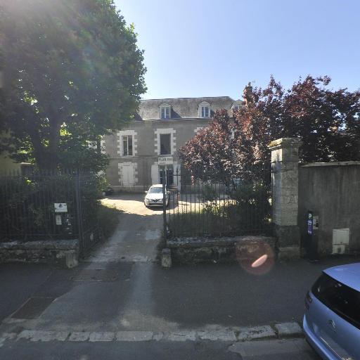 Plus FM Multimédia - Chaînes de télévision - Blois
