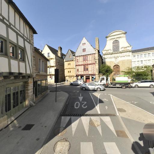 5 Quads - Location d'automobiles de tourisme et d'utilitaires - Vannes