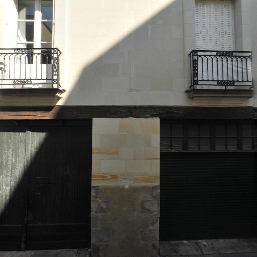 Queuniet Violette - Journaliste professionnel - Nantes