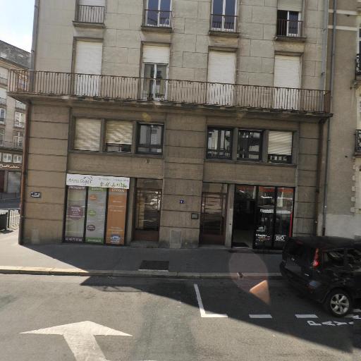 Mvogmbi Et Nulle Part Ailleurs - Alimentation générale - Nantes
