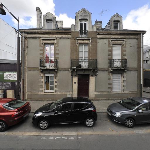 Centre de Yoga Nantes La Voie de l' Unité : Yoga Aline Mahe Garcia à Nantes - Psychothérapie - pratiques hors du cadre réglementé - Nantes
