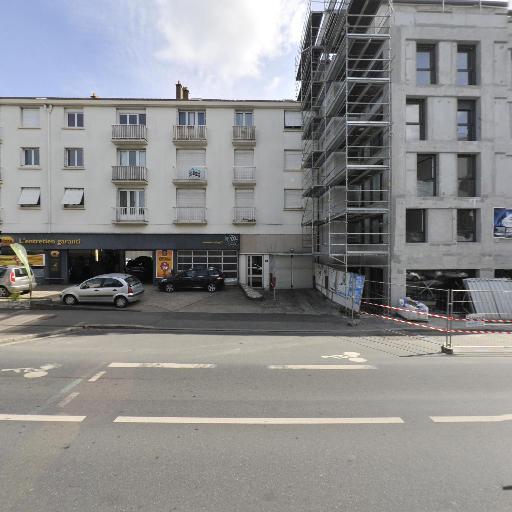 Demont Taro - Coiffeur à domicile - Nantes